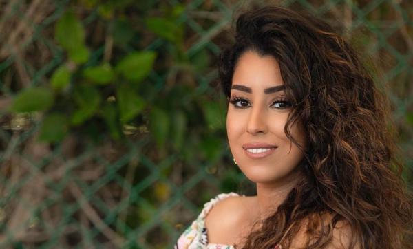 وفاء عامر توضّح سبب خوض شقيقتها تجربة الغناء.. وتؤكد: أيتن تمتلك صوتًا مميزًا