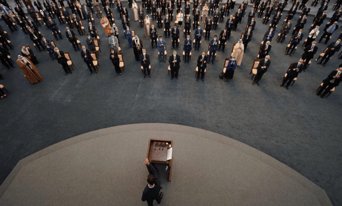عضو في برلمان الأسد يشبه ما يجري في المجلس بمسلسل كوميدي أشبه بـ بقعة ضوء