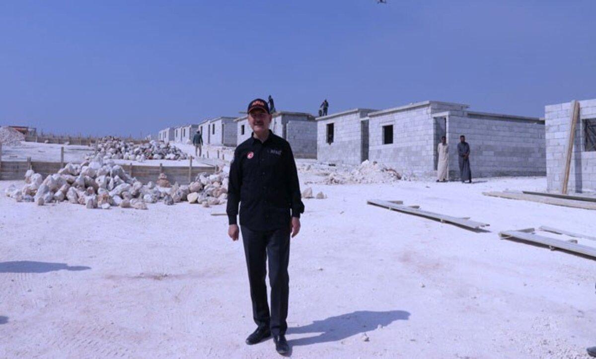 وزير الداخلية التركي يفتتح العام الجديد 2021 بزيارة إلى إدلب