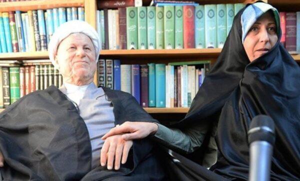 فائزة ووالدها نجلة مسؤول إيراني بارز: والدي رفض التدخل في سوريا وسياسة المقاومة لم تترك لنا شيئاً لنفخر به