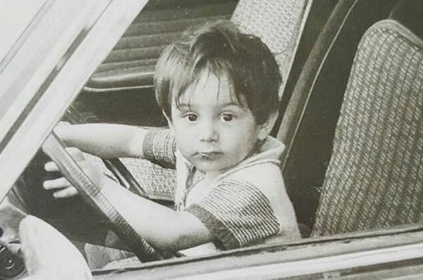 قصي خولي في طفولته