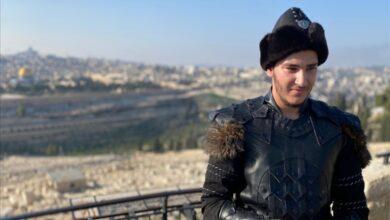 """Photo of فنان فلسطيني يستعين بألحان مسلسل """"قيامة أرطغرل"""" لأغنيته الجديدة (فيديو)"""