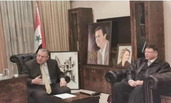 فيصل القاسم: لو كان في سوريا برلمان بصلاحيات الكونغرس الأمريكي ماذا سيفعل الأسد؟
