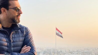 Photo of باسم ياخور يستعرض رحلته الأخيرة إلى دمشق بفيديو يُعرضه لانتقاداتٍ حادة: احترم نجوميتك ولا تصير يوتيوبر، والفنان يوضح (فيديو)