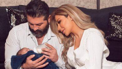 Photo of الثنائي يزن السيد ولمى الرهونجي ينشران أول صورة تجمعهما بطفلهما آدم (صورة)