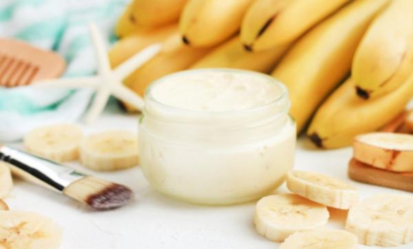 """""""الكنز الأصفر"""".. تعرف على فوائد الموز المذهلة للحصول على شعر صحي ومثالي"""