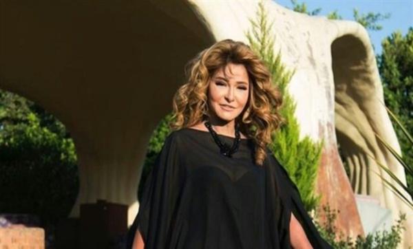 """تزوّجت 3 مرات وحاصلة على ثانوية عامة فقط وترفض تصنيفها بممثلة """"إغراء"""".. قصّة المصرية علا غانم"""