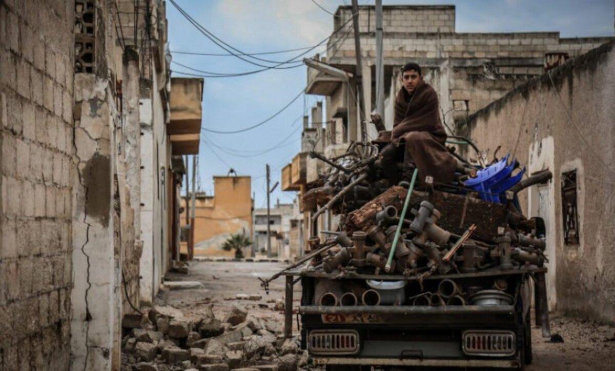 روسيا تسعى لإيقاف المساعدات الإنسانية عن سوريا ومجلة أمريكية تبحث خيارات بايدن للرد