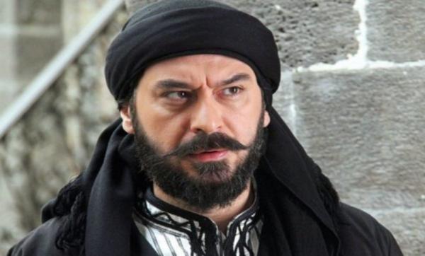 ميلاد يوسف يكشف عن أعماله في رمضان.. ويؤكد: أنا ممثل وليس عارض أزياء (فيديو)