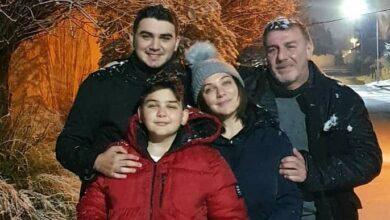 Photo of سلاف فواخرجي وعائلتها مستمتعين بالأجواء الشتوية والثلوج (صور)