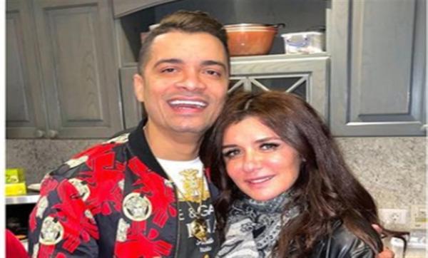 بعد انتشار صورة تجمعهما.. غادة عادل توضّح حقيقة زواجها من حسن شاكوش
