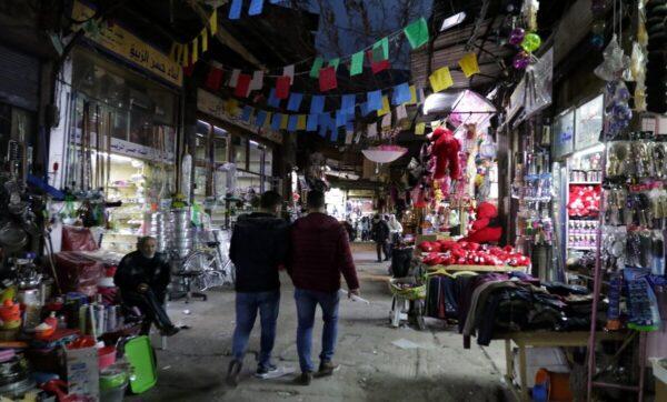 سوريا: ارتفاع أسعار القمح وأكثر من نصف السوريين لا يستطيعون شراء اللحوم وعودة لأزمة الوقود