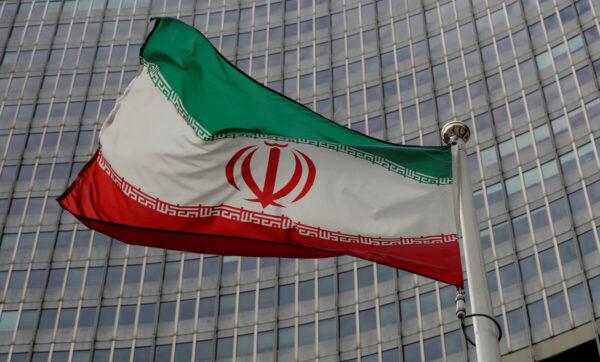 خلافات إيرانية داخل أركان الحكم: على إيران إعادة كل ريال دخل إلى العراق و سوريا