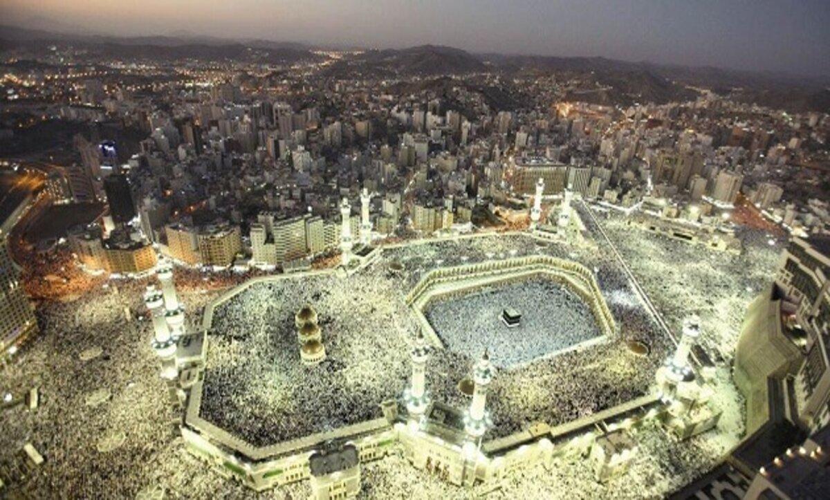 مكة المكرمة: السعودية تصدر قراراً بأن إقامة صلاة التراويح في المسجد الحرام