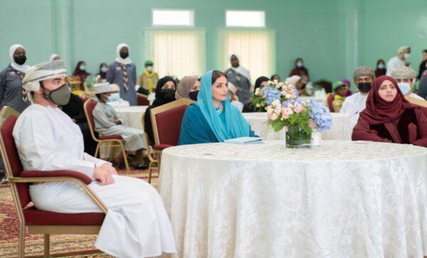 السيدة الجليلة .. زوجة سلطان عمان في إطلالة نادرة بمناسبة عيد الأم
