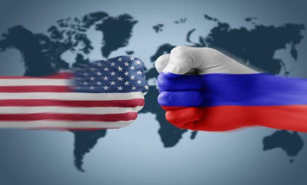 موقع أمريكي: روسيا قد تقوم عن غير قصد بتقديم خدمة لإدارة بايدن من خلال سياساتها تجاه الخليج