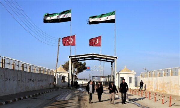 قرارات جديدة لمعبر حدودي تخص المسافرين من وإلى سوريا