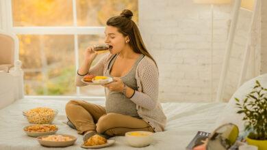Photo of تناول الحلويات وعلاقته في تحديد نوع الجنين للحامل