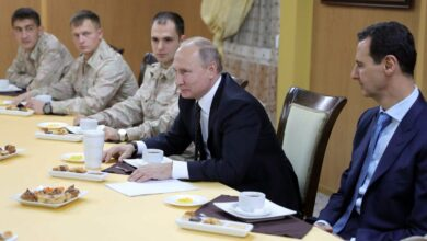 Photo of دبلوماسي سابق يكشف مضمون 40 رسالة تتضمن اعترافات و فضائح بين موسكو و بشار الأسد