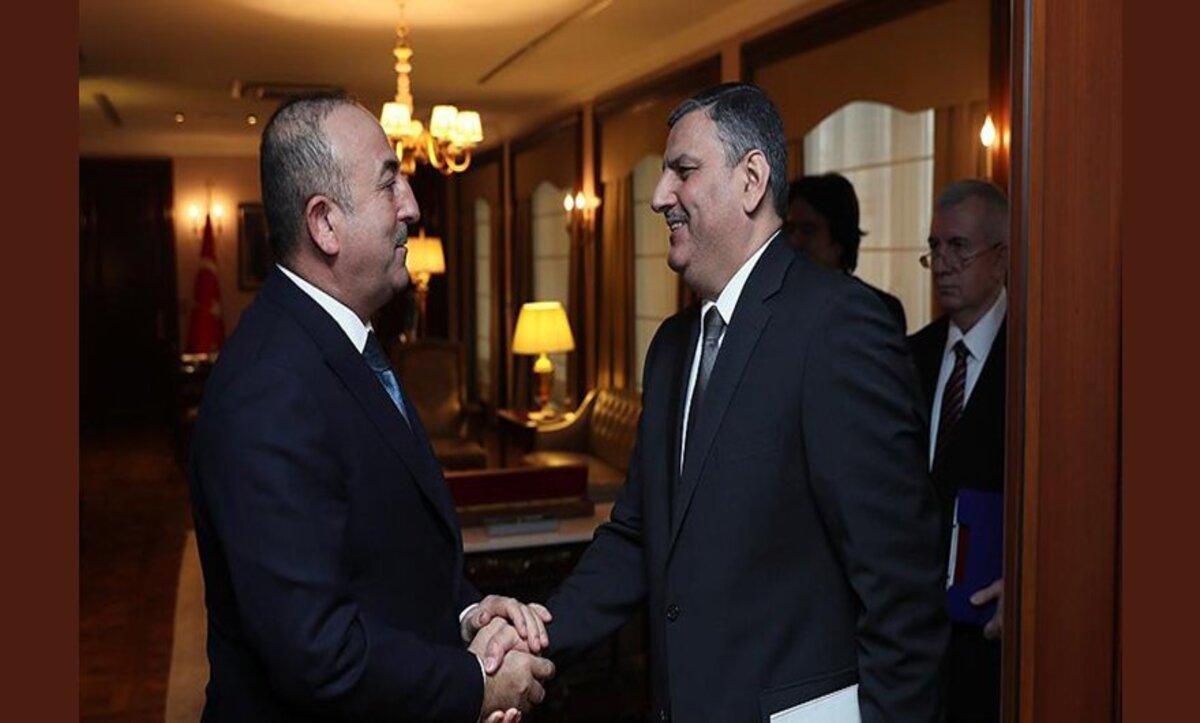 وزير الخارجية التركي يلتقي رياض حجاب في قطر وتطورات جديدة قادمة بخصوص سوريا