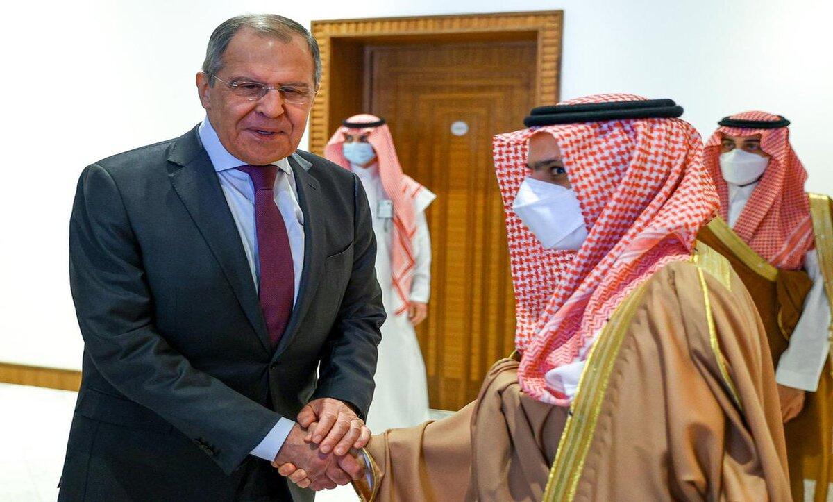 الشرط الرئيسي للحل في سوريا .. أبرز ما ناقشه لقاء روسي سعودي في الرياض