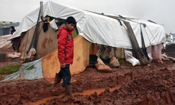 """المصري يوسف حسين """"جو شو"""": جمعنا أكثر من 83 ألف دولار لإغاثة مخيمات سوريا (فيديو)"""
