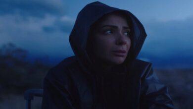 Photo of منى زكي تطل بالحجاب في رمضان 2021 (فيديو)