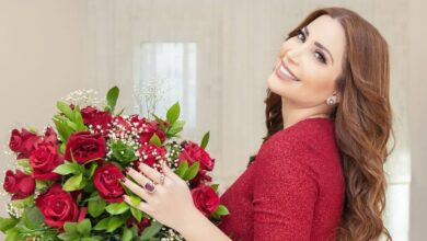 Photo of نسرين طافش توجه رسالة وباقة ورد للنساء في يوم المرأة العالمي (صور)