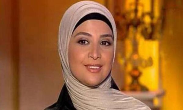 تزوّجت 5 مرات وعملت راقصة باليه.. معلومات عن الفنانة حنان ترك بعد ظهورها تحتفل بعيد ميلادها الـ 46 (صور)