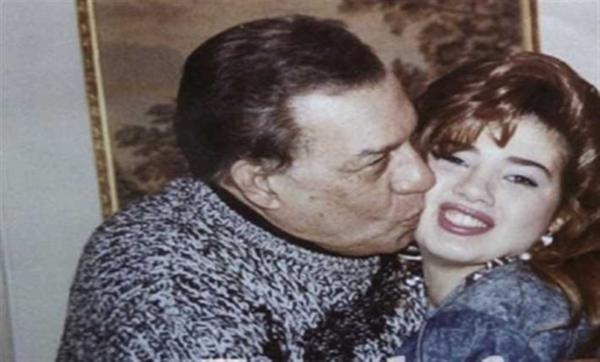 """تزوّجت 3 مرات وكان لوالدها دورًا كبيرًا في نجاحها فنيًا وسر غضب """"ملك الترسو"""" منها.. معلومات عن الفنانة رانيا فريد شوقي"""