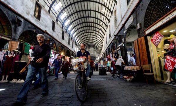 ثمانية أسباب وراء ارتفاع الأسعار في سوريا رغم تحسن الليرة
