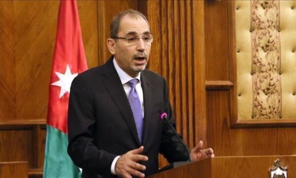 الأردن: مسؤول بارز يوضح أسباب الإجراءات الأخيرة ويتحدث عن مؤامرة مع جهات خارجية