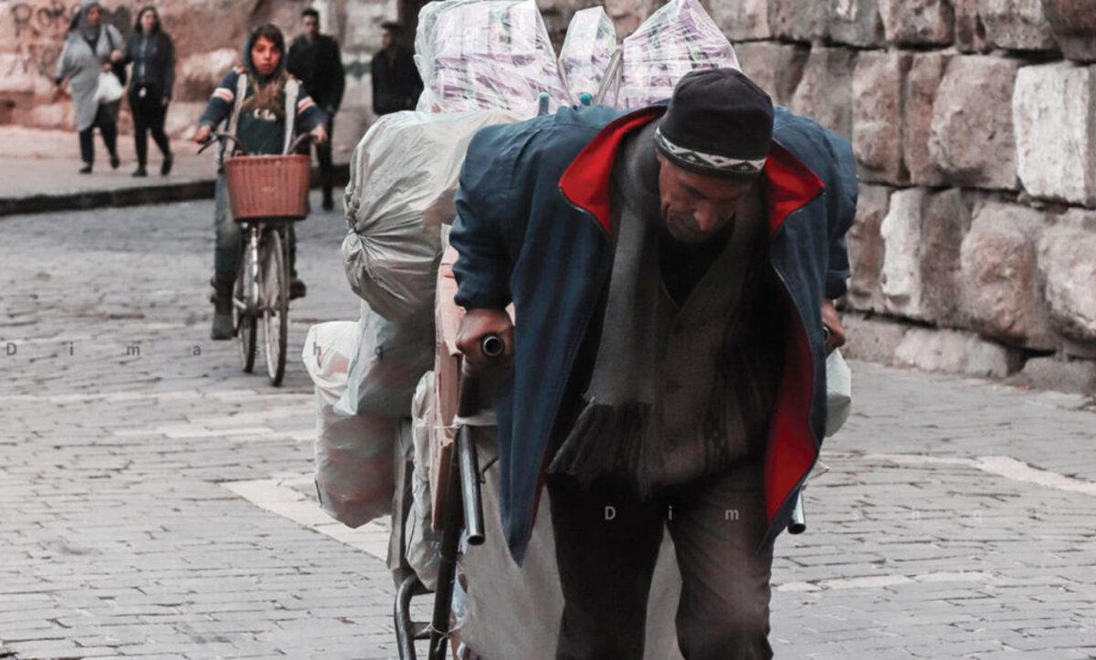 أكثر من مليون ليرة شهرياً تكاليف أبسط متطلبات المعيشة داخل مناطق سيطرة نظام الأسد في سوريا