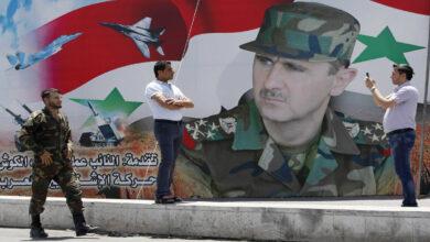 Photo of مسؤول سوري: كثرة الكومبارس في الانتخابات لا يغير من طبيعة المسرحية الانتخابية