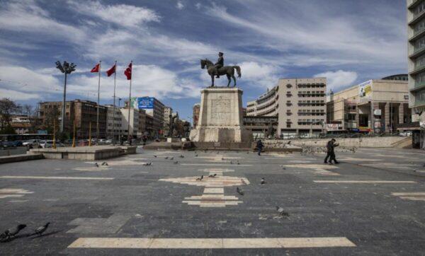 بعد قرار الإغلاق العام في تركيا.. مسؤول تركي يقدم نصائح لتخفيف الأعباء المتوقعة