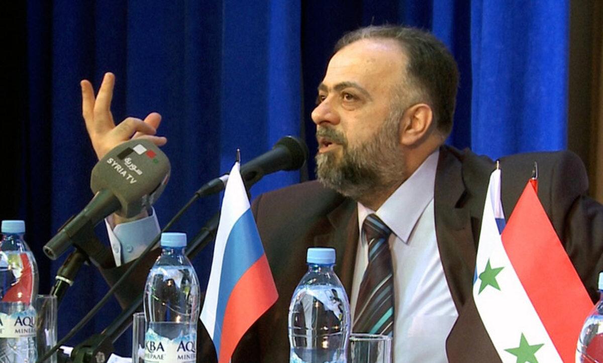 وزير أوقاف النظام يساوي بشار الأسد بالرسول محمد في مطلع أغنية دينية (فيديو)