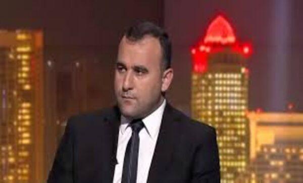 """إيدي كوهين يحرج مسؤولاً بارزاً لدى نظام الأسد: """"متى ستزورنا مجدداً؟ اشتقنا لك"""""""