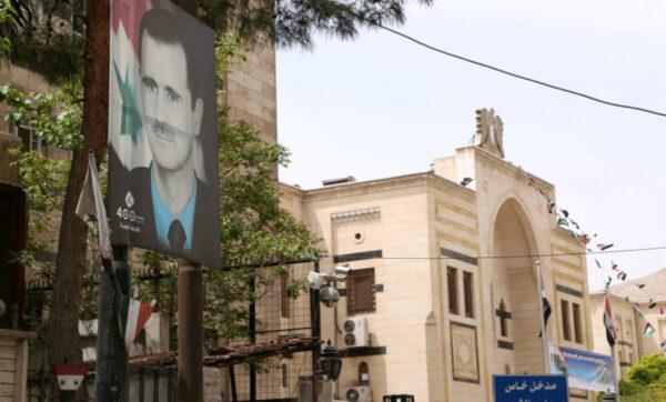 مسؤول سوري: كثرة الكومبارس في الانتخابات لا يغير من طبيعة المسرحية الانتخابية