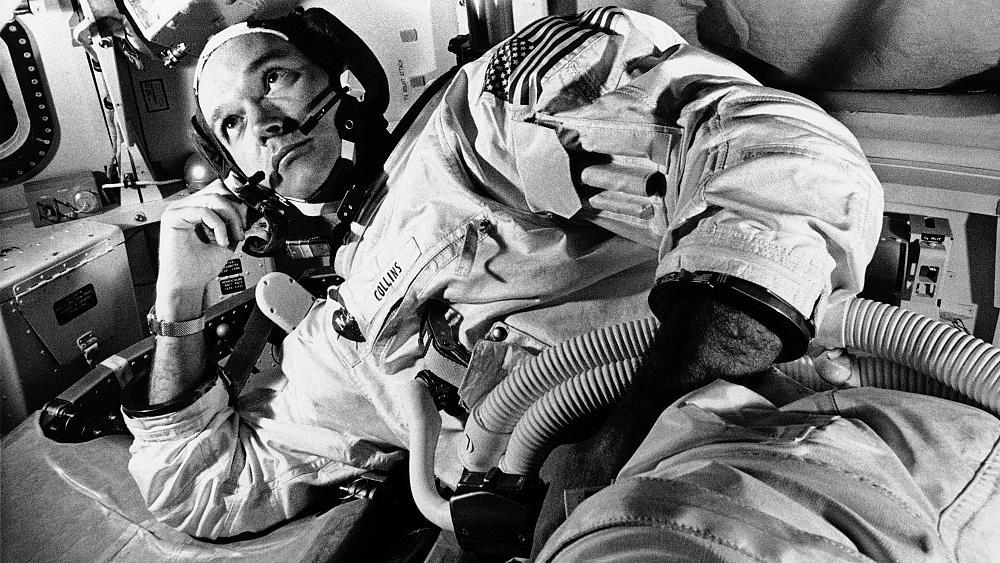 وفاة مايكل كولينز رائد الفضاء المنسي رفيق أرمسترونج وصاحب أول رحلة فضاء إلى القمر