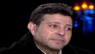Photo of هاني شاكر يبكي ابنته الراحلة ويرفض منح لقب مطربة مصر الأولى لشيرين عبد الوهاب (فيديو)