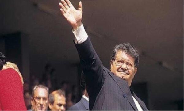"""Halil Turgut Özal لقب بـ """"أردوغان 1983"""" لنجاحاته في إحياء الاقتصاد التركي.. قصة الرئيس الثامن لتركيا """"تورغوت أوزال"""" في الذكرى السنوية الـ 28 لرحيله"""