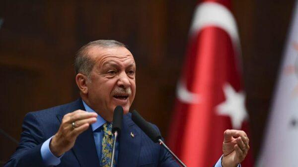 أردوغان يدعو لتحرك يلقن إسرائيل درساً مما فعلته في الأقصى وغزة