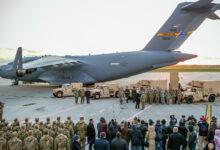 Photo of الأكبر منذ 25 عاماً.. القوات الأمريكية تجري عملية إنزال قرب الحدود الروسية (فيديو)