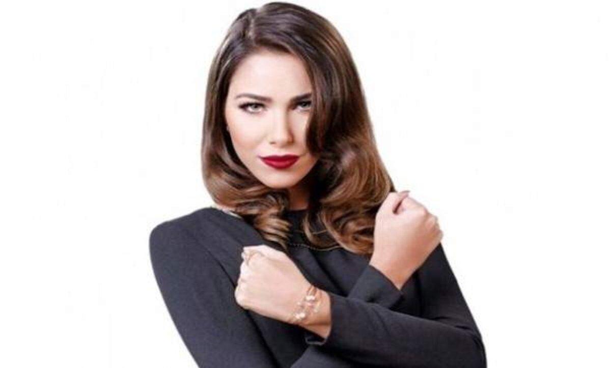 دانيلا رحمة بإطلالة رومانسية مع محمد الأحمد: حبينا نسلم عليكم أنا وهادي
