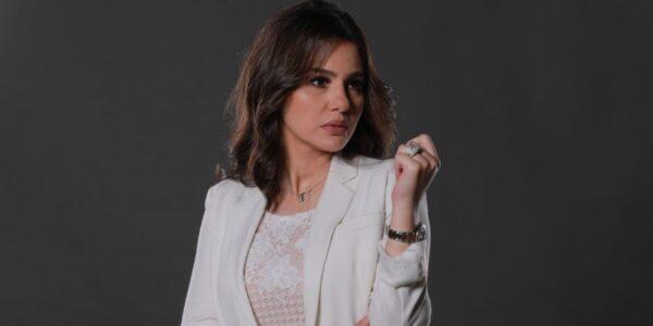 دينا فؤاد توضح حقيقة أنباء زواجها عرفياً من منتج شهير