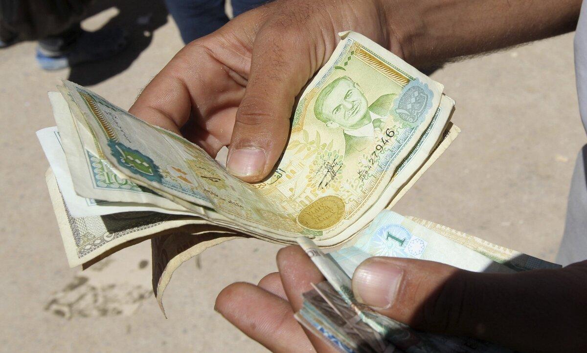 خبير اقتصادي: زيادة الرواتب في سوريا يجب أن تكون 10 أضعاف الحالية لتتوافق مع الأسعار