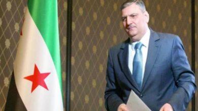 Photo of رياض حجاب: بشار الأسد أبلغني سابقاً أنه سيذهب مع إيران إذا أجبر على المفاضلة بينها وبين روسيا