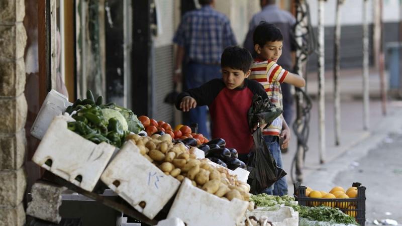 وزير في صحيفة موالية ينتقد الأوضاع المعيشية في سوريا ويحمل الأسد المسؤولية