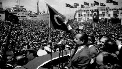Photo of وصف بالنقطة السوداء في تاريخ الجمهورية.. قصة أول انقلاب عسكري على الديمقراطية في تركيا