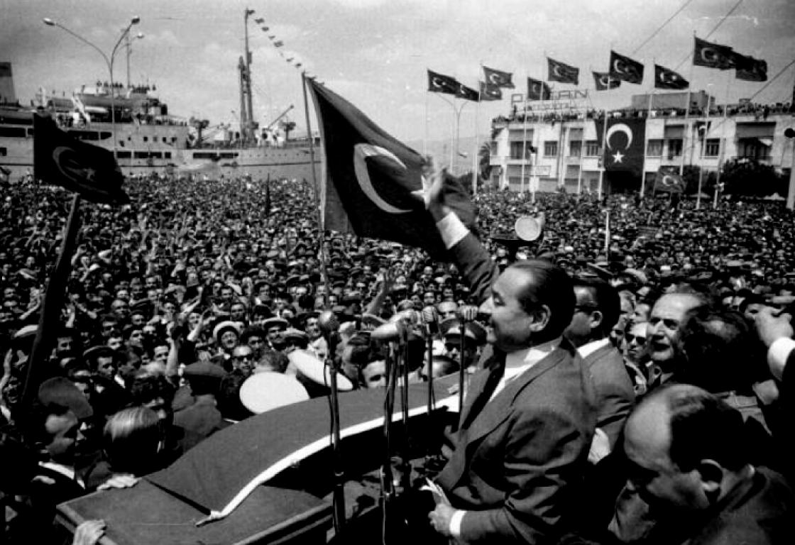 قصة أول انقلاب عسكري على الديمقراطية في تركيا